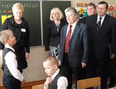 Падчас візіту міністра адукацыі С.А. Маскевіча ў Копыльскую дапаможную школу-інтэрнат.