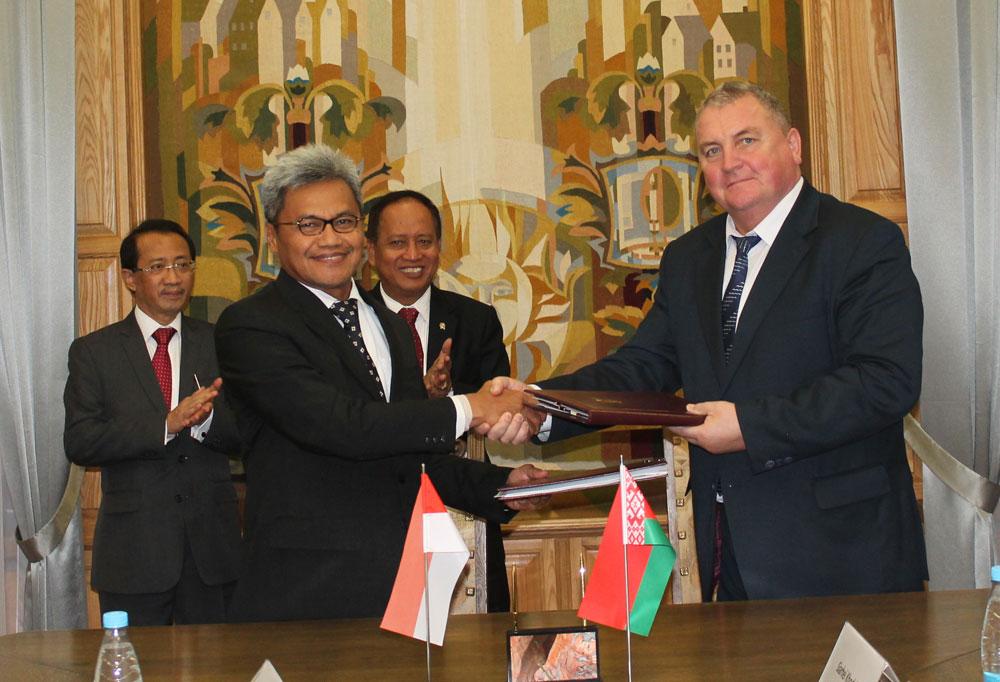 Фота да матэрыялу: Беларусь — Інданезія: адносіны набываюць характар актыўнага партнёрства.